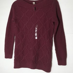 NWT Loft small petite cranberry color sweater!
